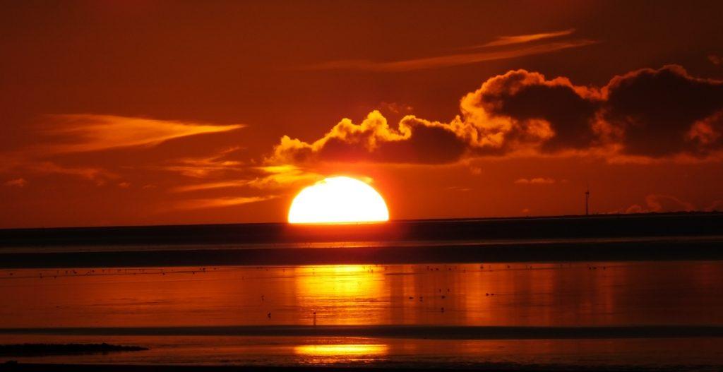 greetsiel krummhoern sundown nordsee